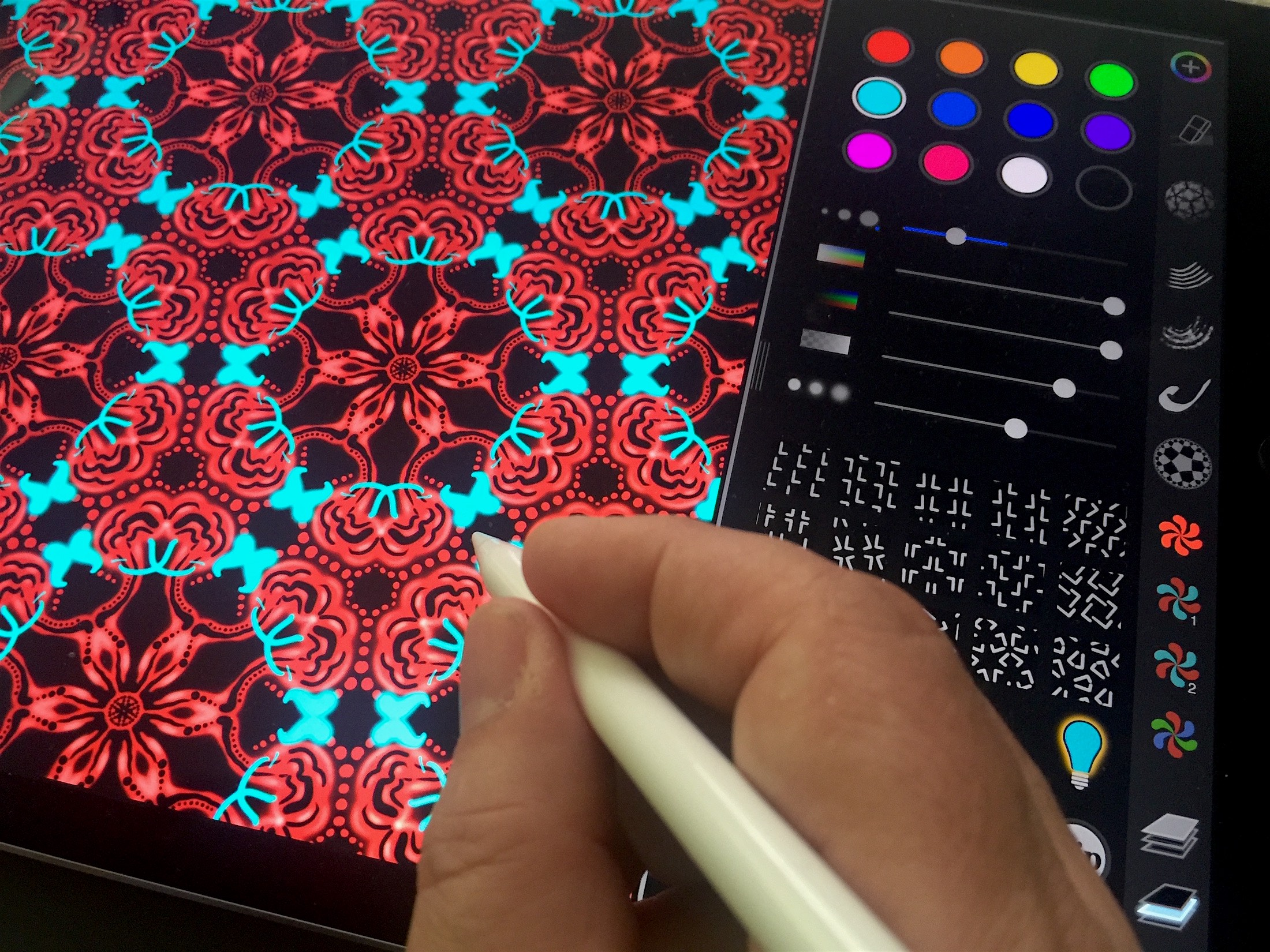 Iornament 2 0 2 for ios math art drawing app gets apple pencil support